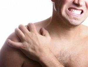 Разрушение сустава плеча