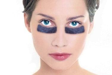 О каких болезнях говорят темные круги под глазами и как с ними справиться
